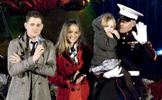 """Michael Bublé sung """"I´ll be home for Christmas"""" especially dedicated to the """"Marines"""""""
